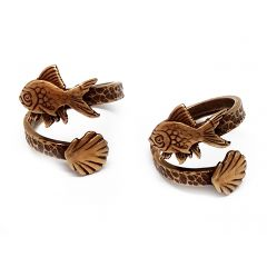10895b-brass-adjustable-ring-with-fish-and-shell.jpg