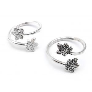 10885s-sterling-silver-925-adjustable-ring-with-maple-leaves.jpg